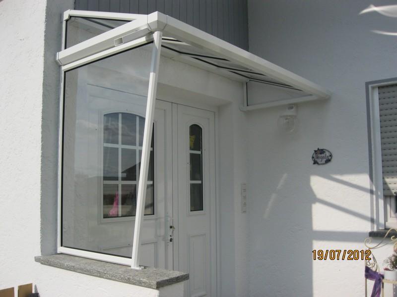 vordach seitenteil plexiglas elegant vordach ferrara with vordach seitenteil plexiglas die aus. Black Bedroom Furniture Sets. Home Design Ideas